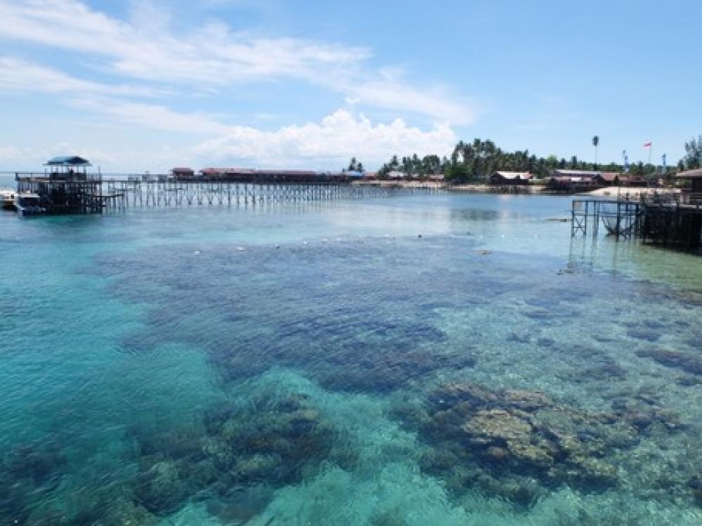 Pulau Derawan, Banyak Sumber Air Tawar