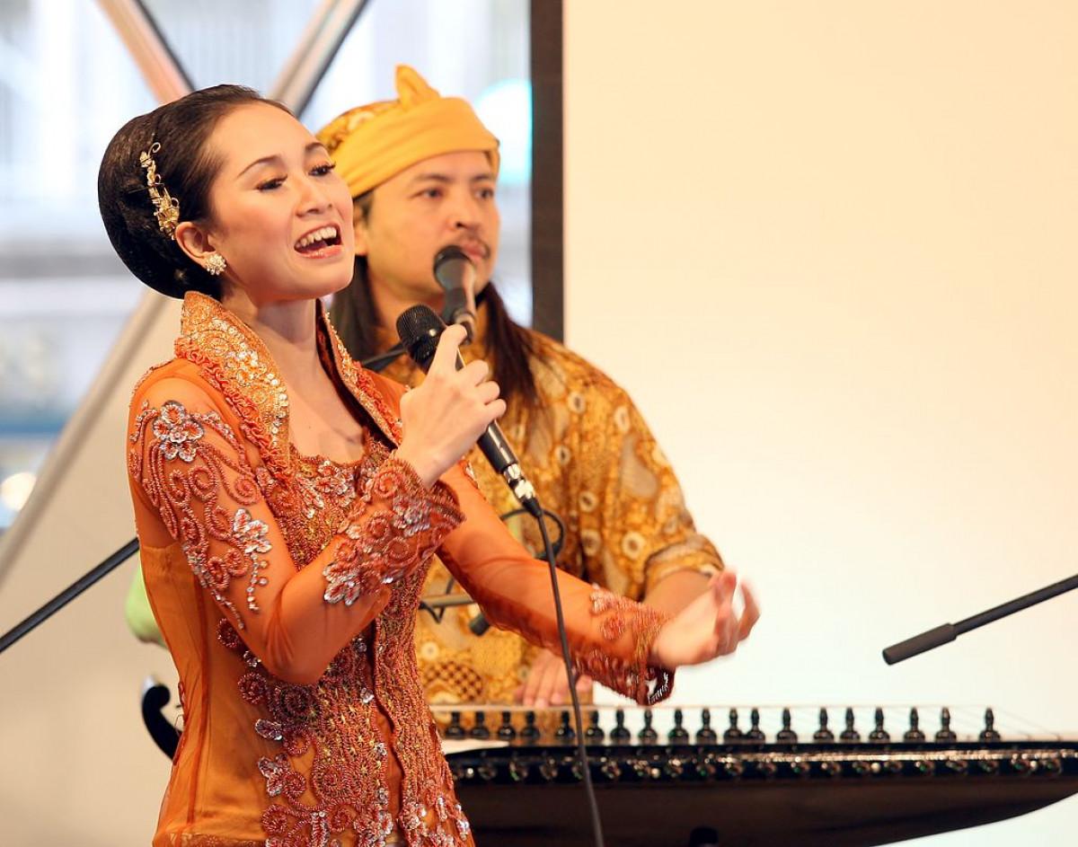 Longser, Seni Teater Tradisional Penuh Banyolan dari Jawa Barat