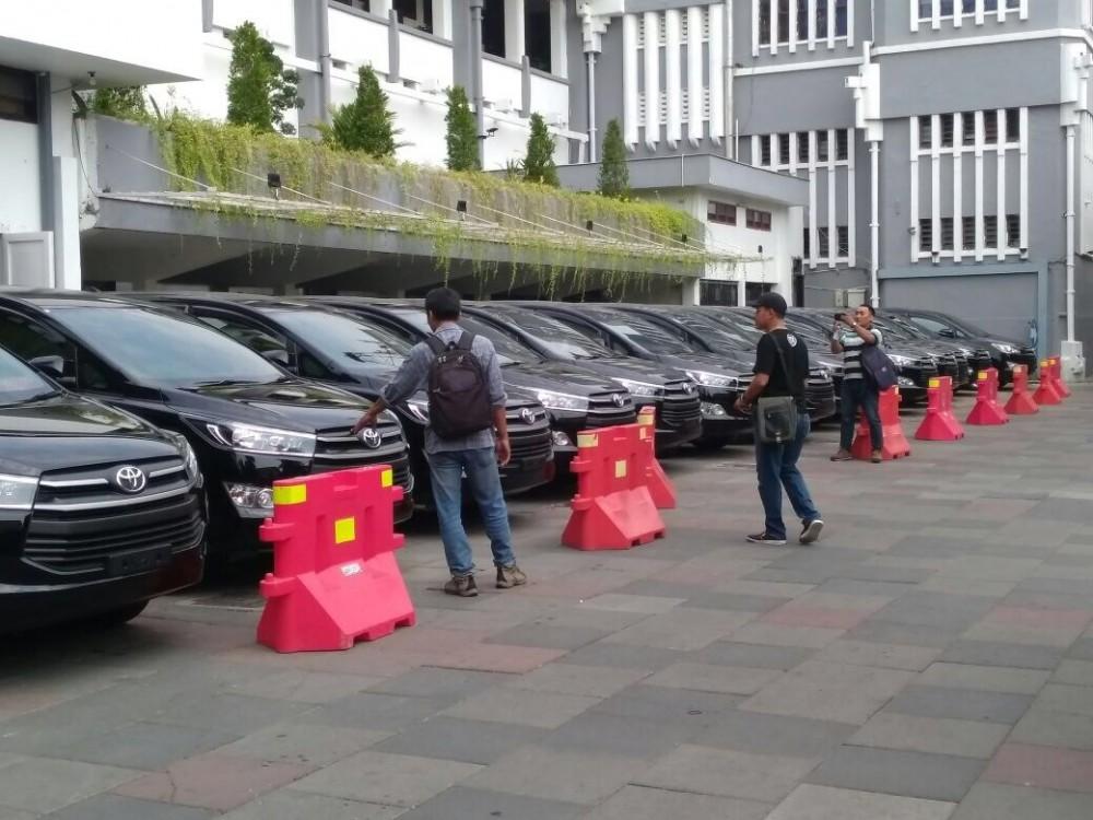 Mobil Dinas Pemerintah Kota Surabaya Pelopori Penggunaan Bahan Bakar Gas