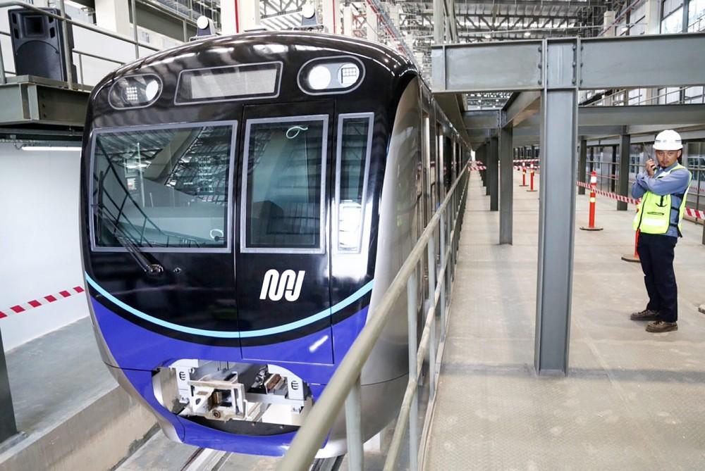 Resmi, MRT Pertama di Indonesia Akhirnya Beroperasi