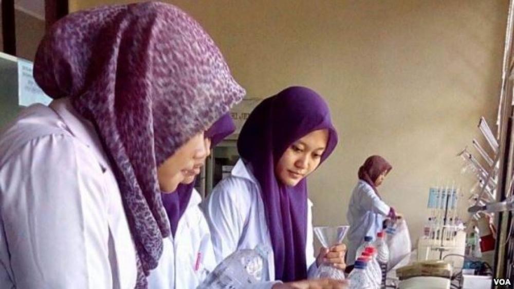 Mahasiswa Universitas Jember Manfaatkan Limbah Kopi untuk Kurangi Pencemaran Air