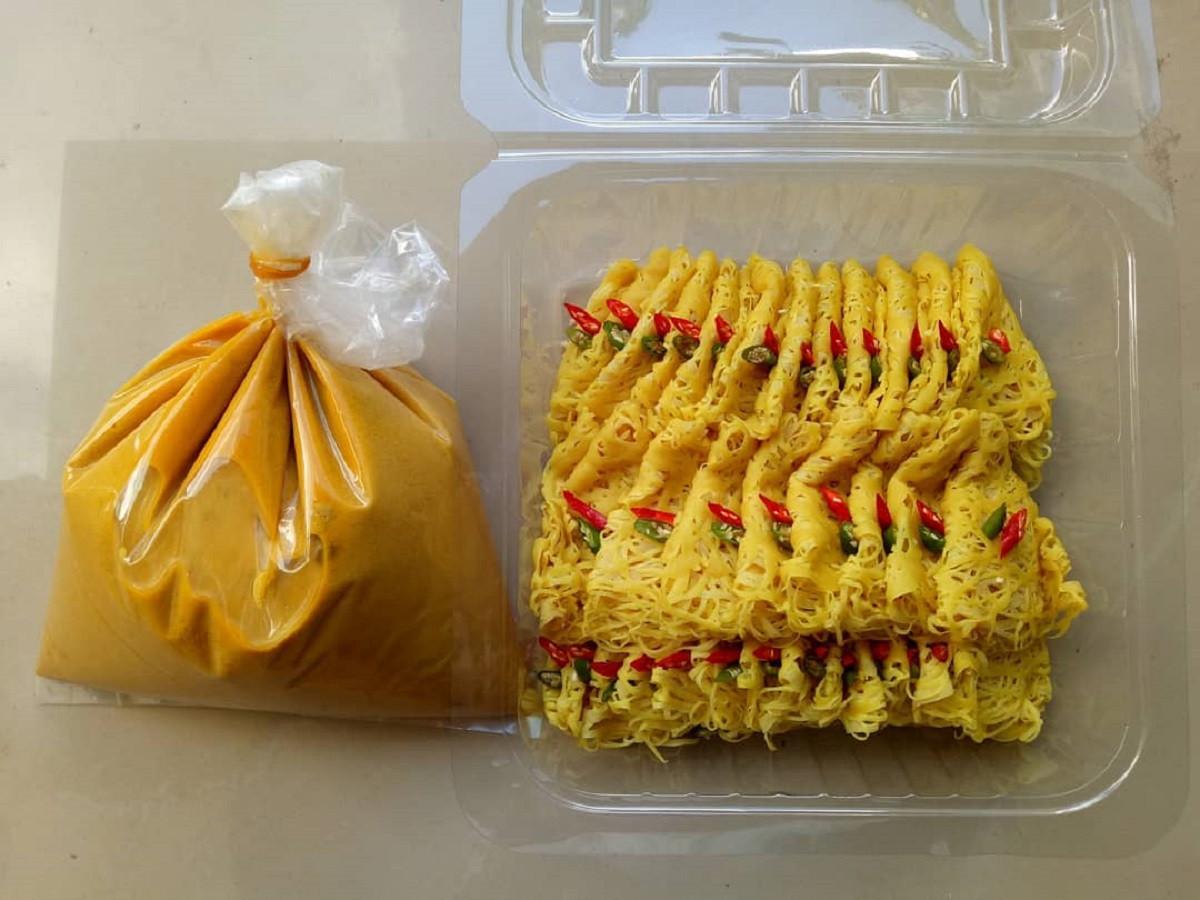 Mirip Roti Jala India, Ragit Kudapan Khas Palembang yang Legit