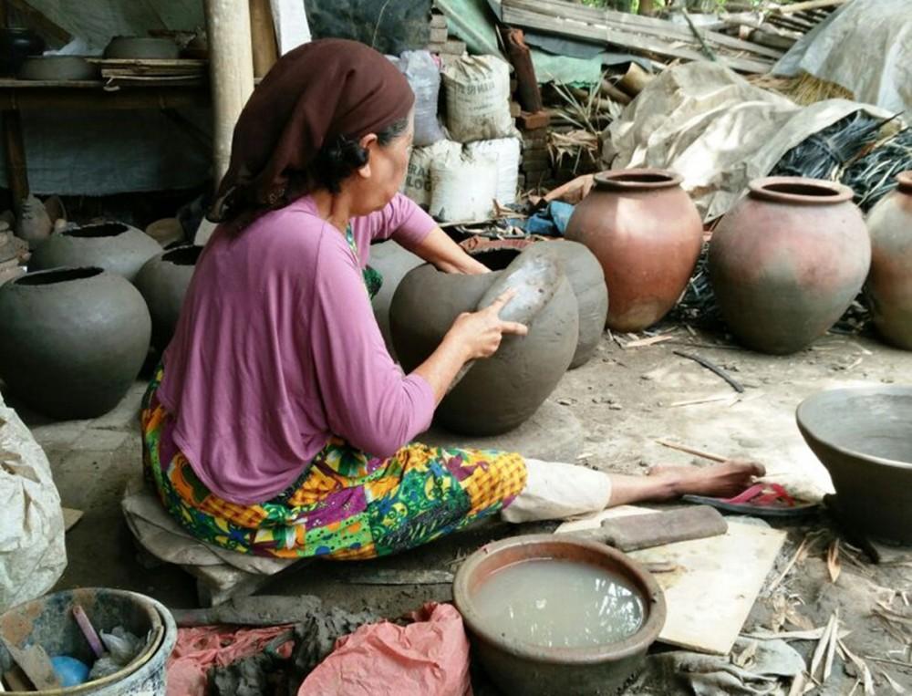 Mengunjungi Sitiwinangun, Desa Wisata Berbasis Budaya yang Ada di Jawa Barat