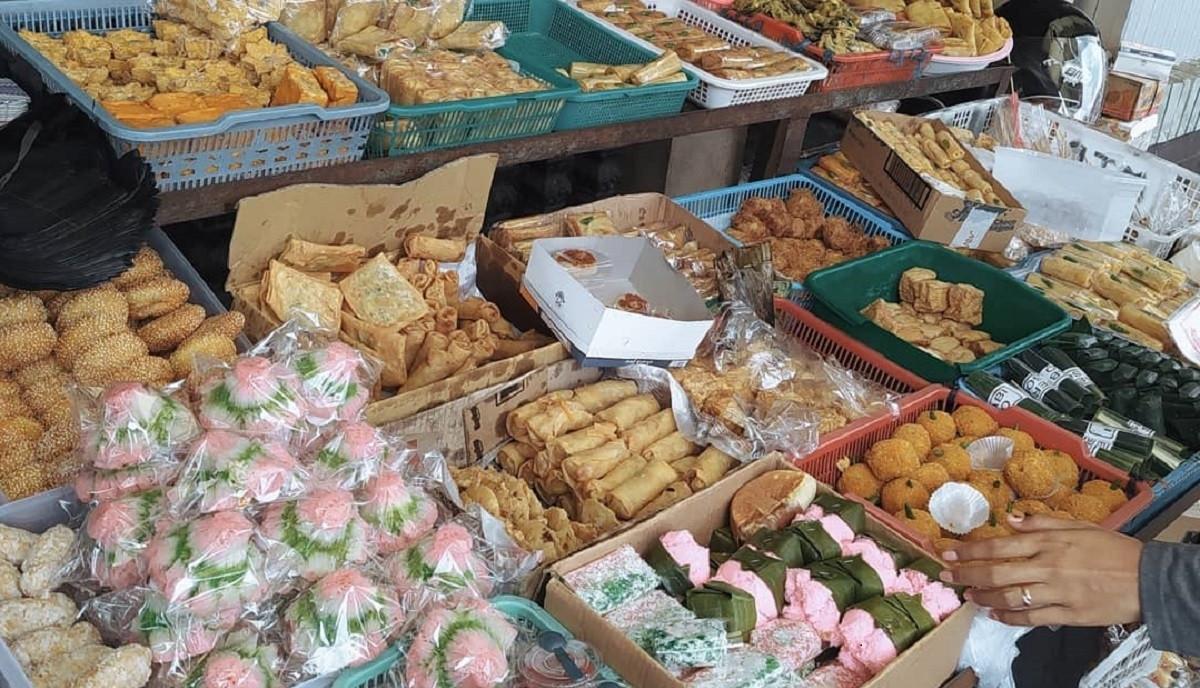 Sekilas Mirip, Putu Bambu dan Dodongkal Jajanan Pasar yang Manis Nan Gurih