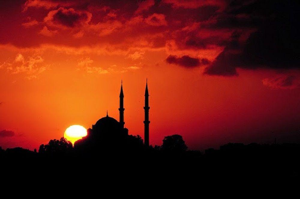 Menyajikan Islam yang Lemah Lembut dalam Tiga Mangkuk Takjil