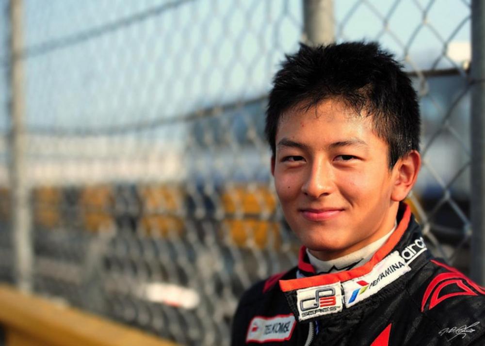 Akhirnya! Rio Haryanto Dipastikan Bisa Tampil di Balapan F1