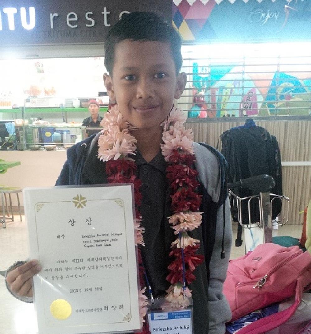 Bocah SD Harumkan Nama Indonesia lewat Kisah Persahabatan Buto Ijo dengan Robot Masa Depan