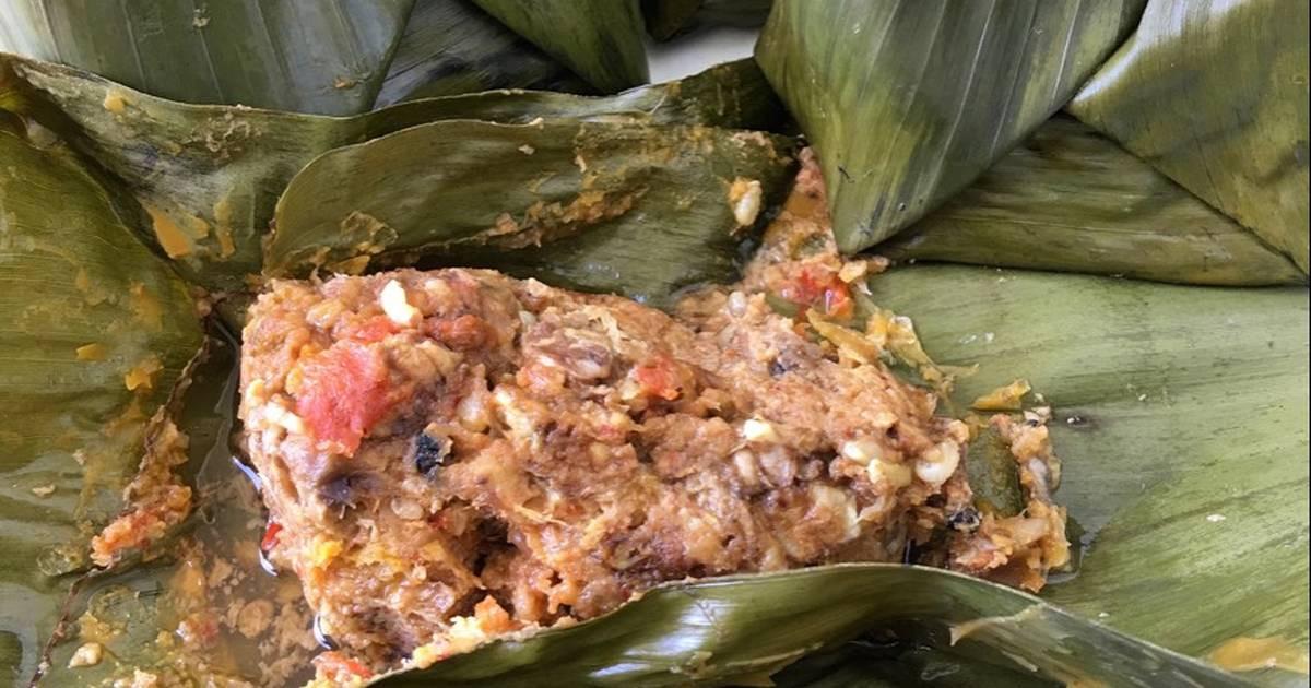 Kuliner Ekstrem Khas Banyuwangi, Botok Tawon Punya Rasa Manis nan Gurih
