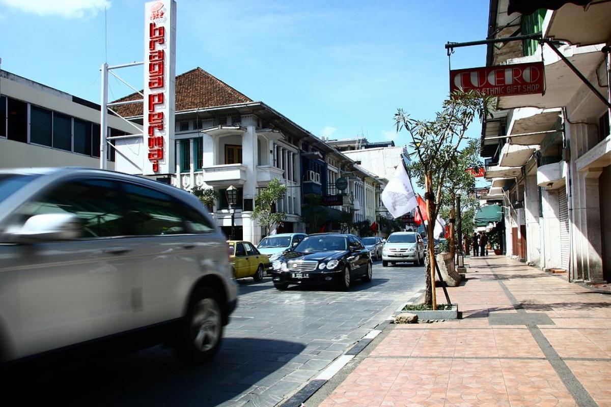 Braga Permai, Restoran Jadul Bernuansa Eropa Klasik di Bandung