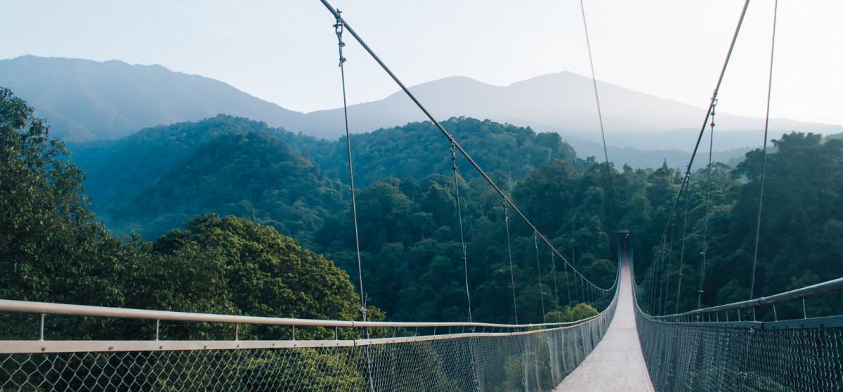 Menengok Jembatan Gantung Terpanjang se-Asia Tenggara yang Ada di Sukabumi
