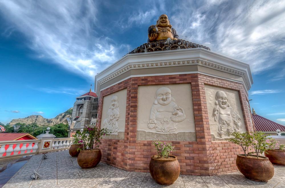 Buddhist Center di Samarinda Terbesar di Asia Tenggara