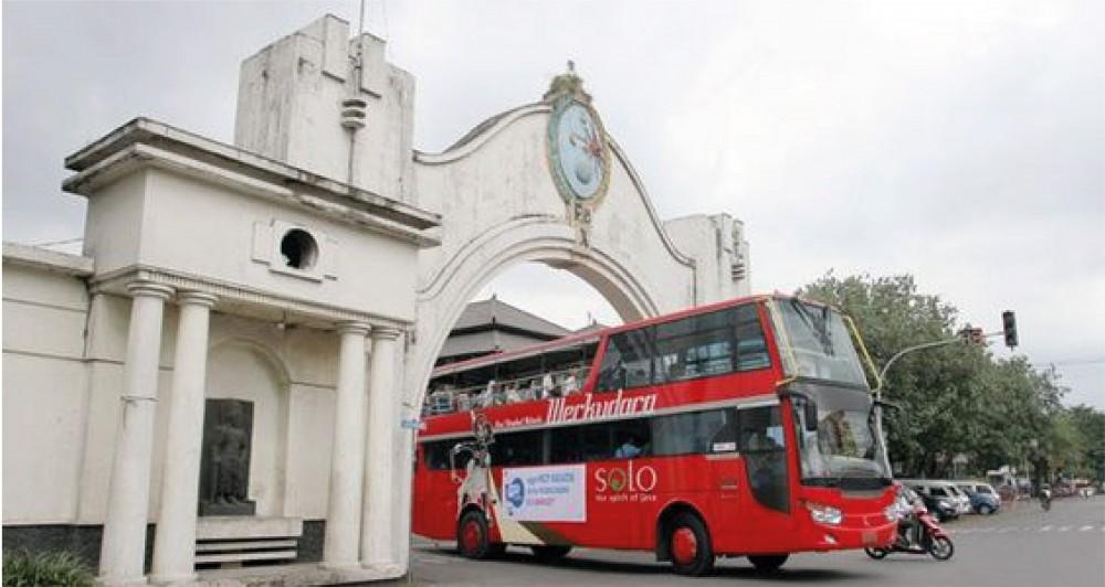 Werkudara, Bus Tingkat Pertama di Indonesia