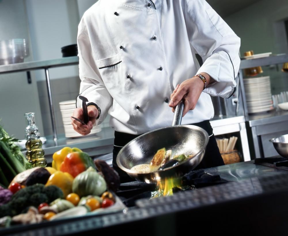 Kepala Chef  Hotel Tertua  di Inggris Ternyata Orang Indonesia