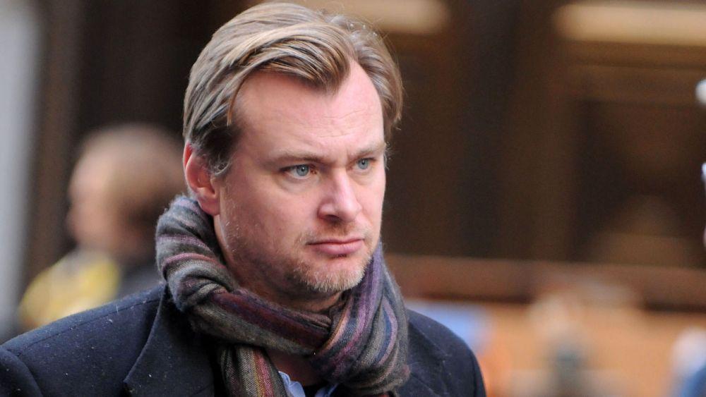 Akankah Christopher Nolan Menyutradarai Film