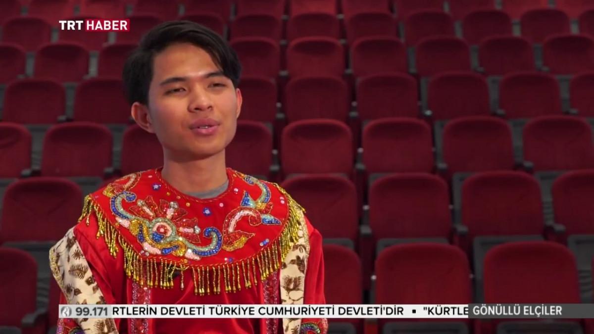 Diaspora Indonesia Penari Otodidak Yang Menari Di Negeri Dua Benua