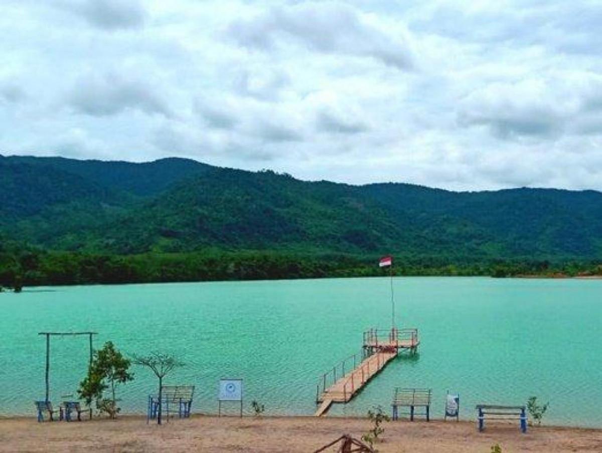 Danau Pading, Eks Tambang Timah yang Jadi Destinasi Wisata Populer Kala Pandemi
