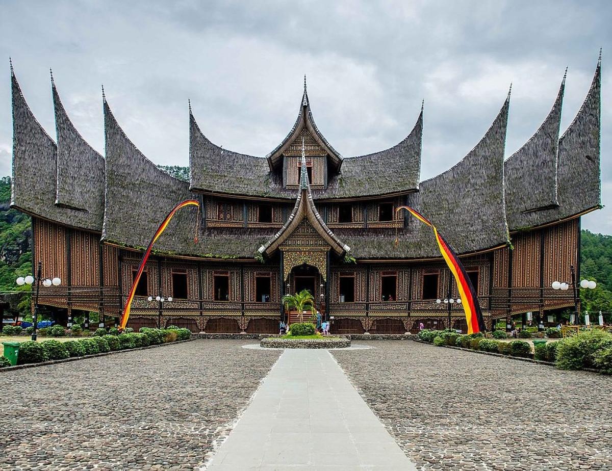 76 Rumah Gadang Tua Menghiasi Perkampungan Adat di Nagari Sijunjung