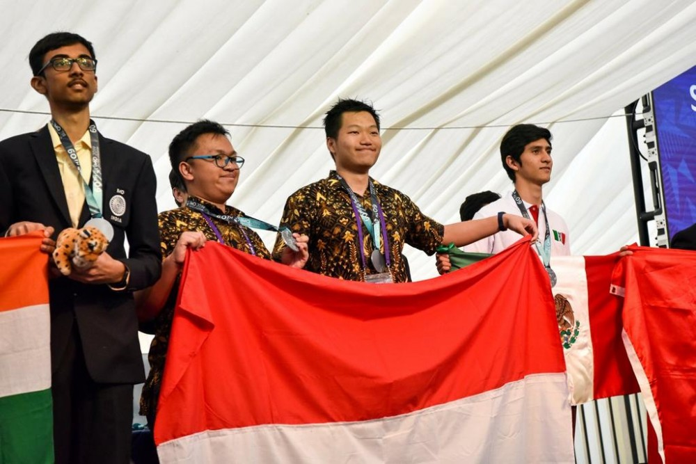 Pelajar Indonesia Raih 6 Medali di Olimpiade Matematika Internasional