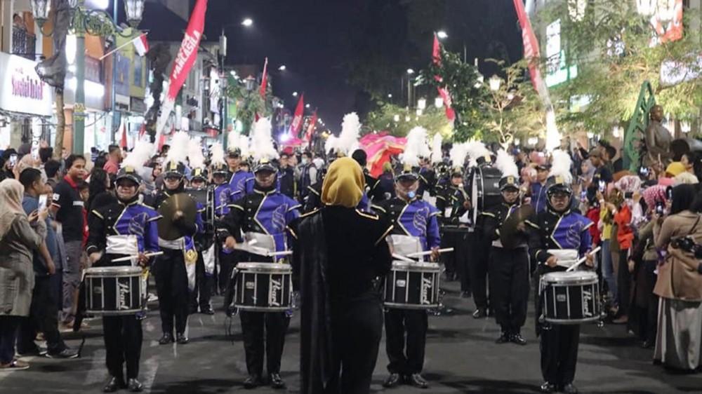 Marching Band UII : Dari Yogyakarta ke Ajang Internasional di Thailand