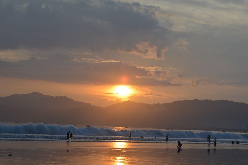 Akan Ada Pantai Khusus Perempuan di Kabupaten Ini