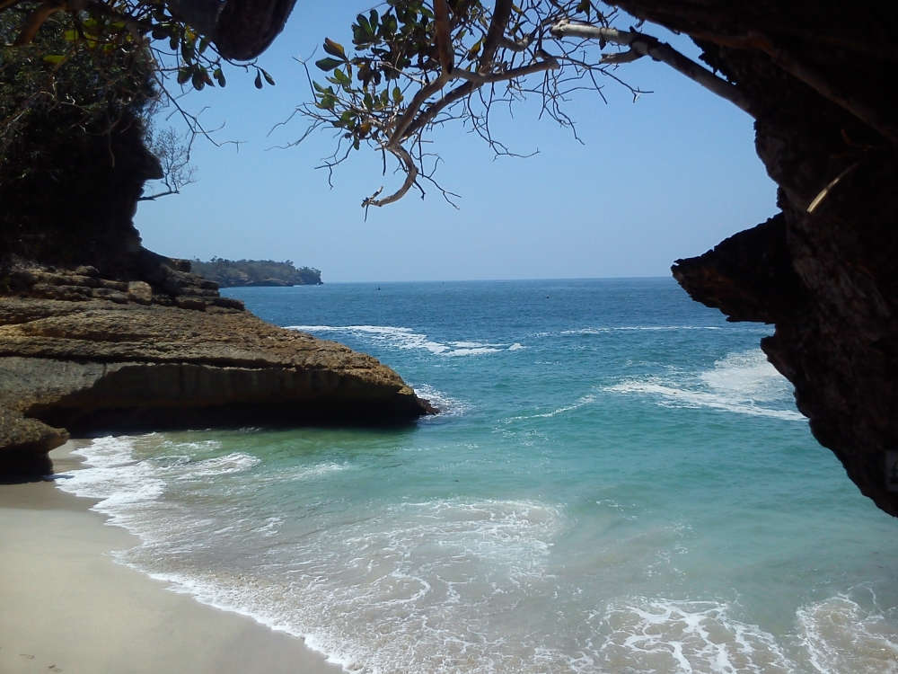 Pantai Dadap, Pantai Tersembunyi di Tulungagung