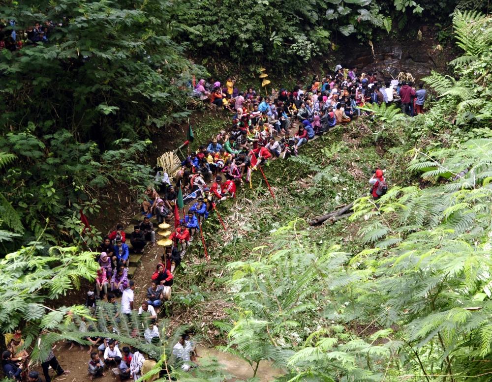 Sungkem Tlompak , Tradisi Lebaran Lereng Gunung Merbabu