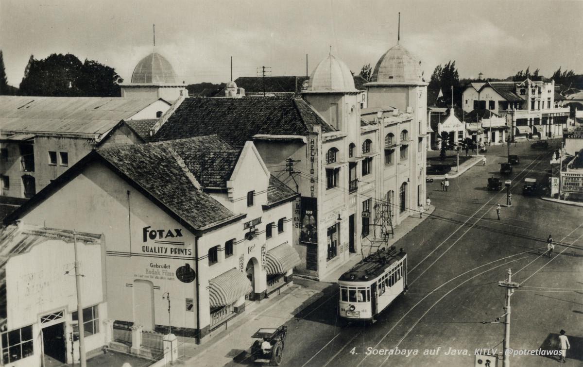 Sakralnya Ramadan dan Lebaran di Kampung Surabaya Tahun 1950-an