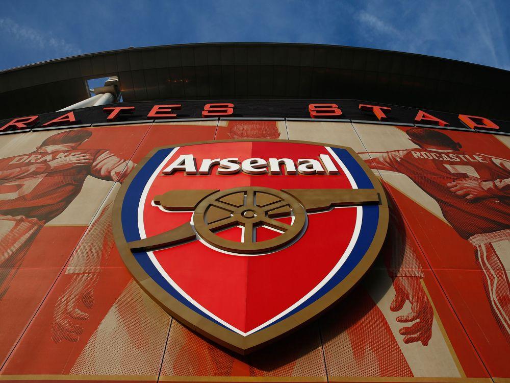 Logo Fanbase Arsenal Ini Hasil Karya Desainer Indonesia, lho!