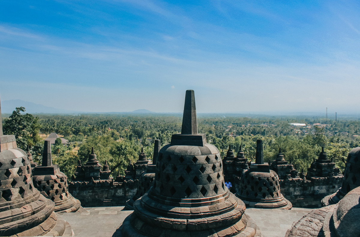 Ngabuburit di Kawasan Candi Prambanan, Borobudur, dan Ratu Boko