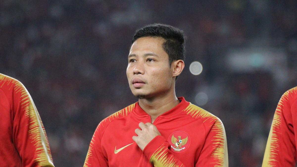 pemain sepak bola indonesia yang merokok