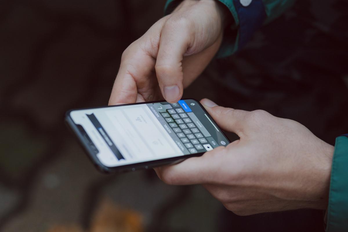 Pengguna Ponsel di Indonesia Bakal Mencapai 89 Persen Populasi pada 2025