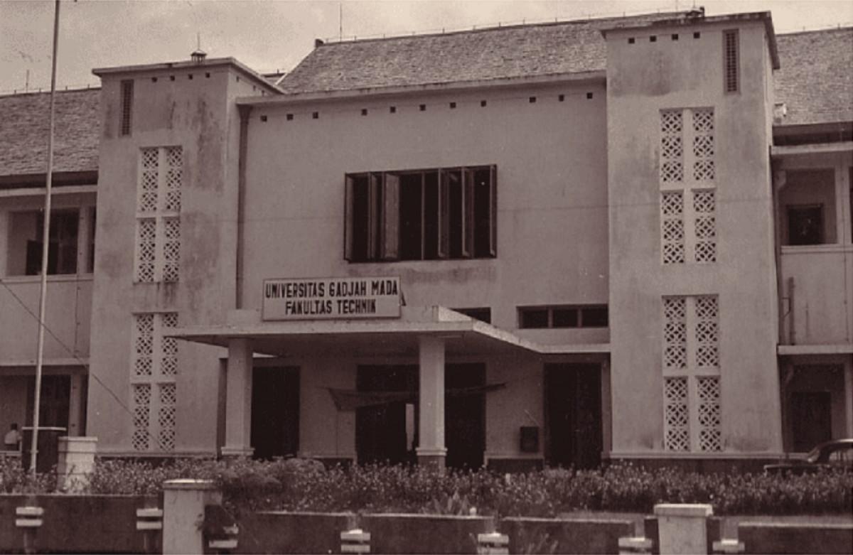Sejarah Hari Ini (17 Februari 1946) - Sekolah Tinggi Teknik Bandung Dibuka di Yogyakarta