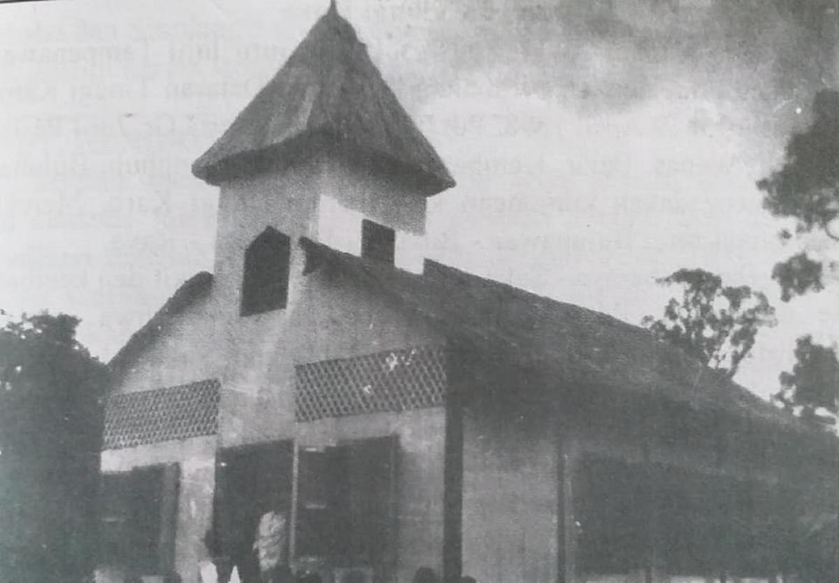 Sejarah Hari Ini (24 Desember 1899) - Gereja Batak Karo Protestan Pertama di Buluh Awar