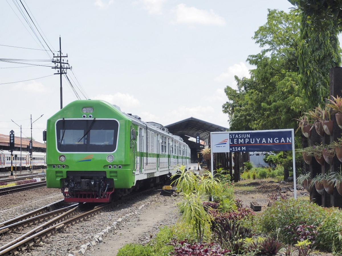 Kereta Prameks, Penyambung Hidup Warga Yogya-Solo