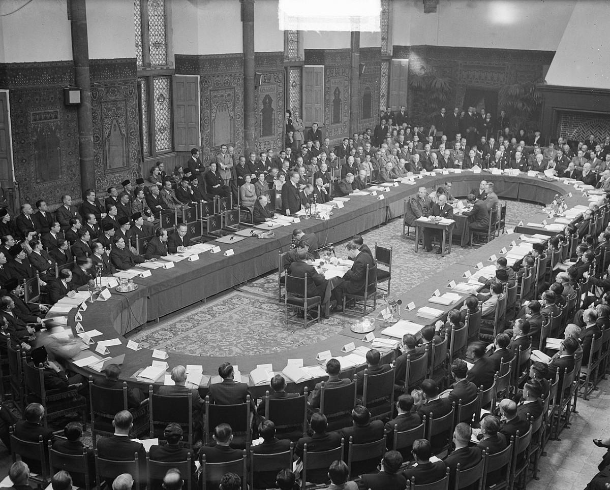 Sejarah Hari Ini (27 Desember 1949) - Pengakuan Kedaulatan Indonesia oleh Belanda