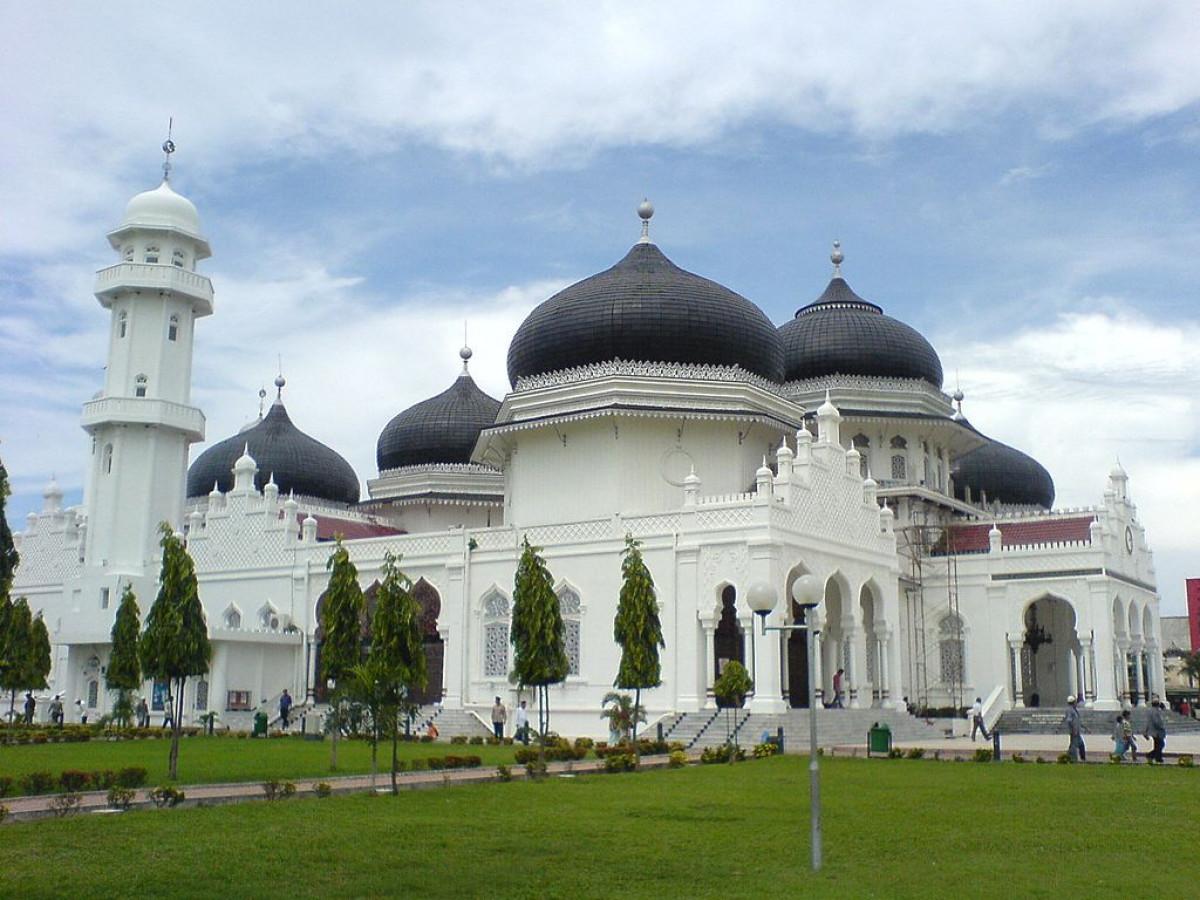 Sejarah Hari Ini (9 Oktober 1879) - Belanda Bangun Kembali Masjid Raya Baiturrahman Aceh