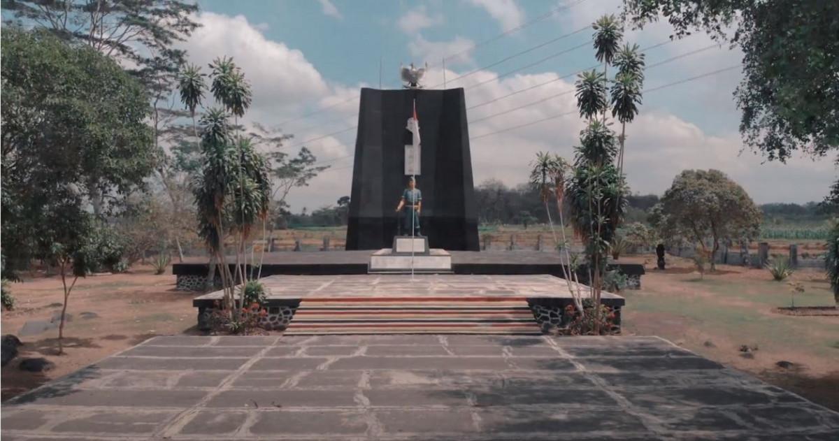 Sejarah Hari Ini (24 Februari 1977) - Monumen Plataran untuk Pejuang Muda Indonesia