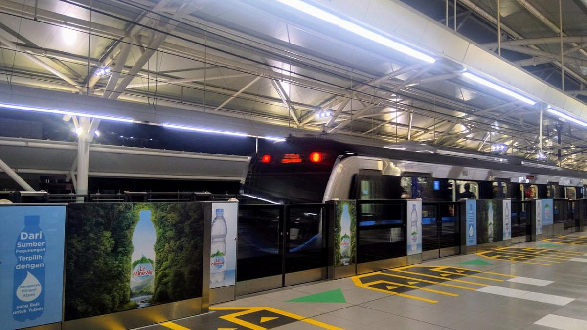 Sejarah Hari Ini (18 Oktober 2006) - Indonesia Gandeng Jepang demi Bangun Subway