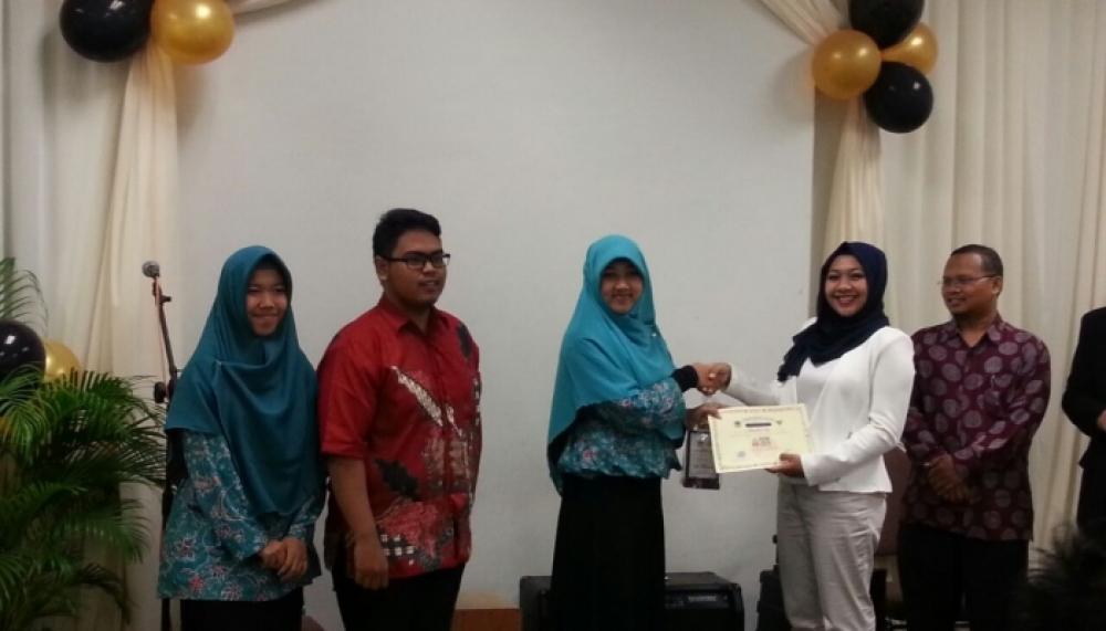 Hand Sanitizer Lendir Ikan Mahasiswa UGM Menangi ASEAN Youth Initiatives 2016