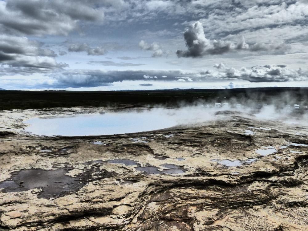 Sumur Panas Bumi Sedalam 3 km pun Tembus Sudah