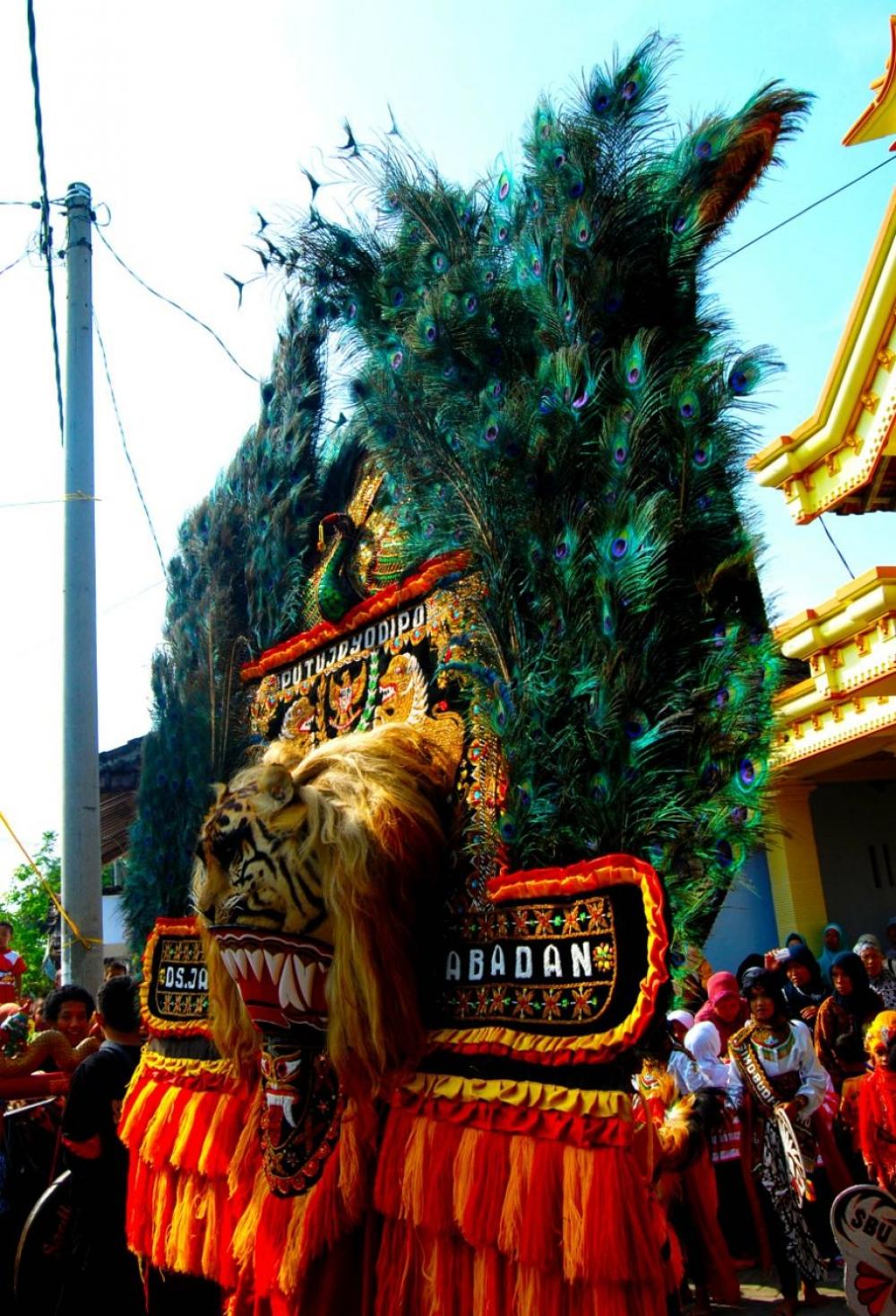 Ponorogo bangga punya reog good news from indonesia ponorogo bangga punya reog thecheapjerseys Gallery