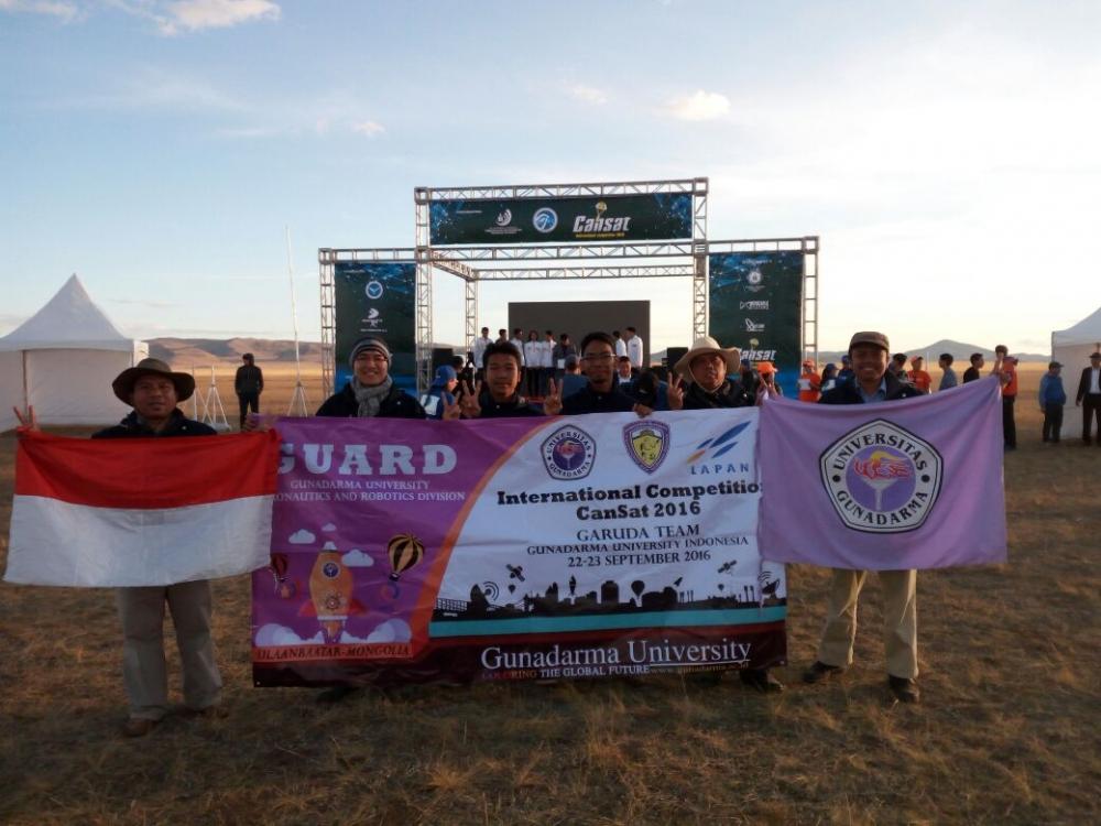 Mahasiswa Universitas Gunadarma berjaya di Kompetisi Rancang Satelit Internasional