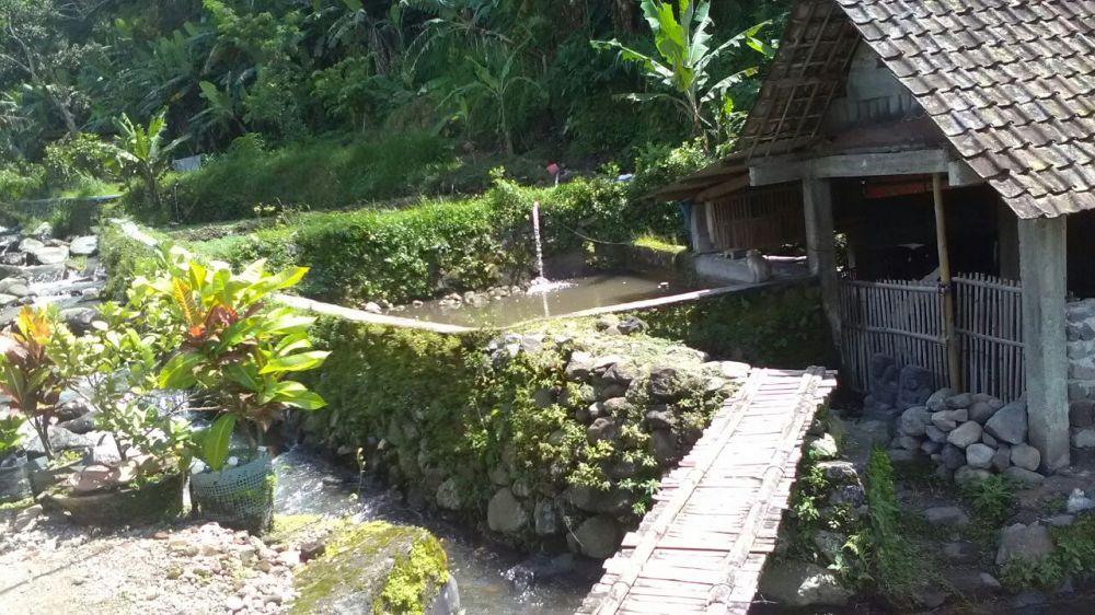 Pesona Indonesia di Desa Pacet Mojokerto