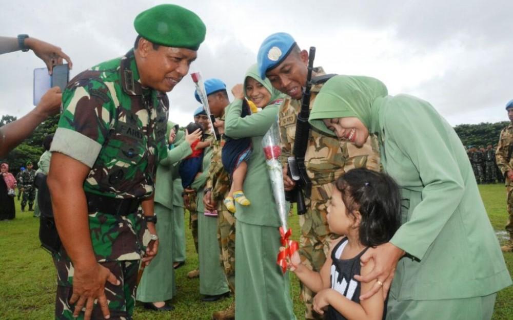 Sukses Kawal Misi Perdamaian di Lebanon, Anggota Yonif 742/SWY Disambut Penuh Apresiasi