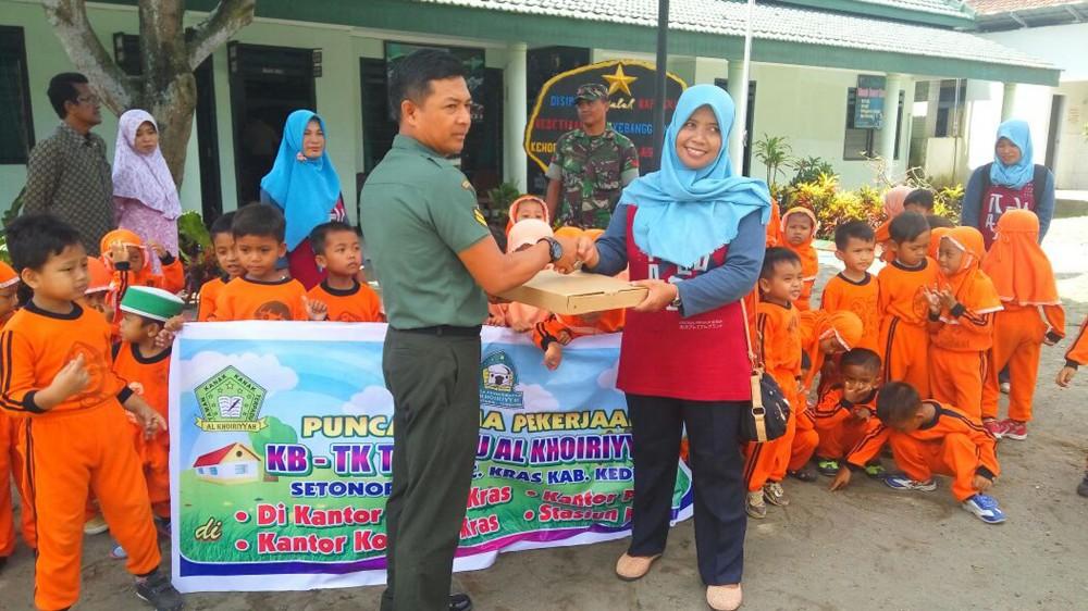 Keceriaan TK terpadu Al Khoiriyyah bersama TNI
