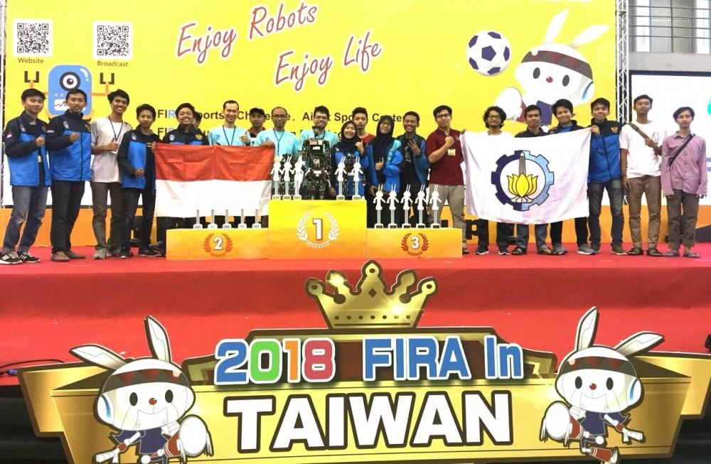 Tim Robotika ITS Sukses Bawa Pulang 19 Penghargaan dari Taiwan