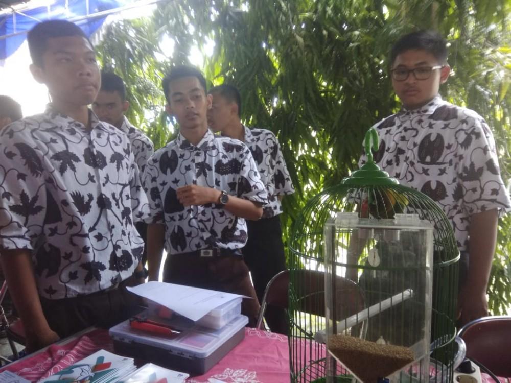 B-Smart STM, Sangkar Burung Cerdas Karya Siswa SMK Negeri 2 Yogyakarta