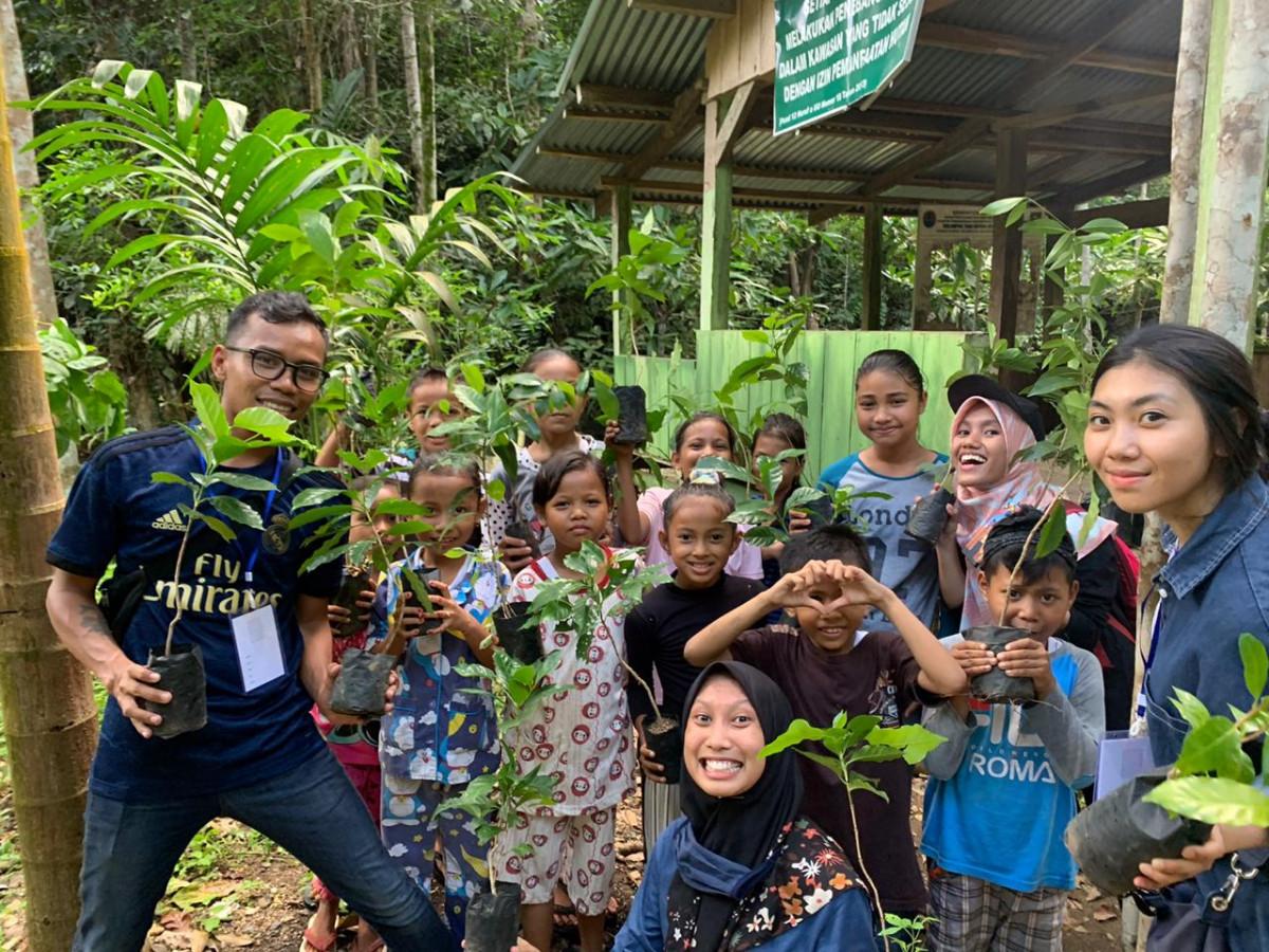 Perhimpunan Pelajar Indonesia di Dunia Mengabdi untuk Pendidikan