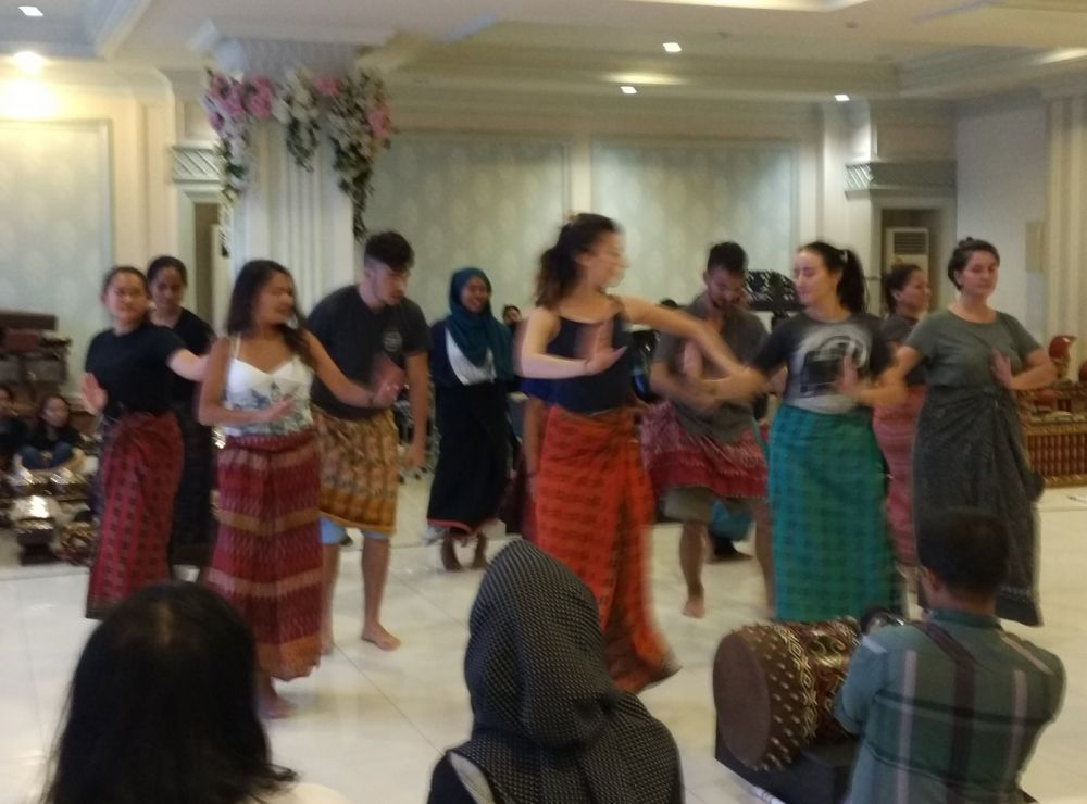 Pemuda 45 Negara Siap Hebohkan Surabaya dengan Pertunjukan Budaya Kolosal