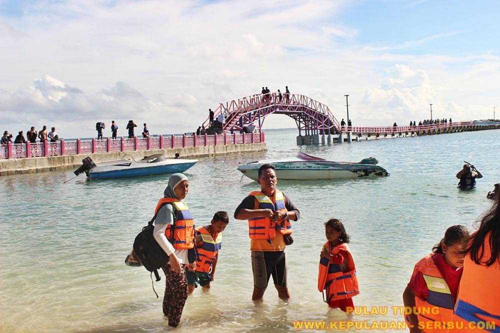 Pulau Tidung Destinasi Wisata Pulau Seribu Yang Terkenal Dengan Jembatan Cinta